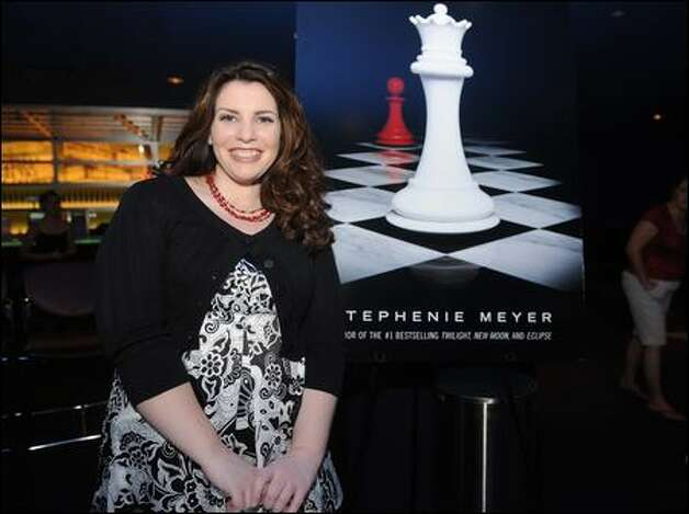 "Fans of Stephenie Meyer, the author of the ""Twilight"" series, have come out in support of her after former fans lashed out at the series' finale, ""Breaking Dawn."" Photo: Brad Barket/Getty Images"