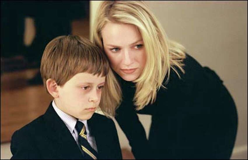 Rachel Keller (Naomi Watts) tries to help her son Aidan cope with the sudden and mysterious death of his favorite cousin.