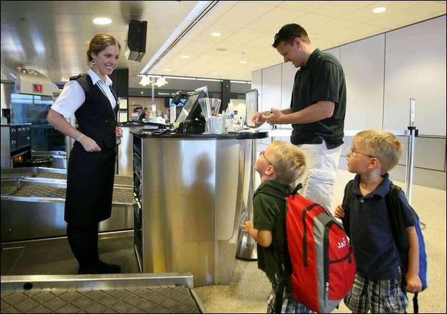 Alaska Airlines To Cut Flights Jobs Seattlepi Com