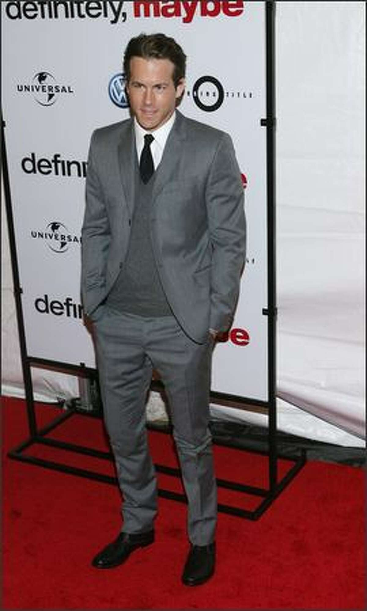 Actor Ryan Reynolds attends the premiere of