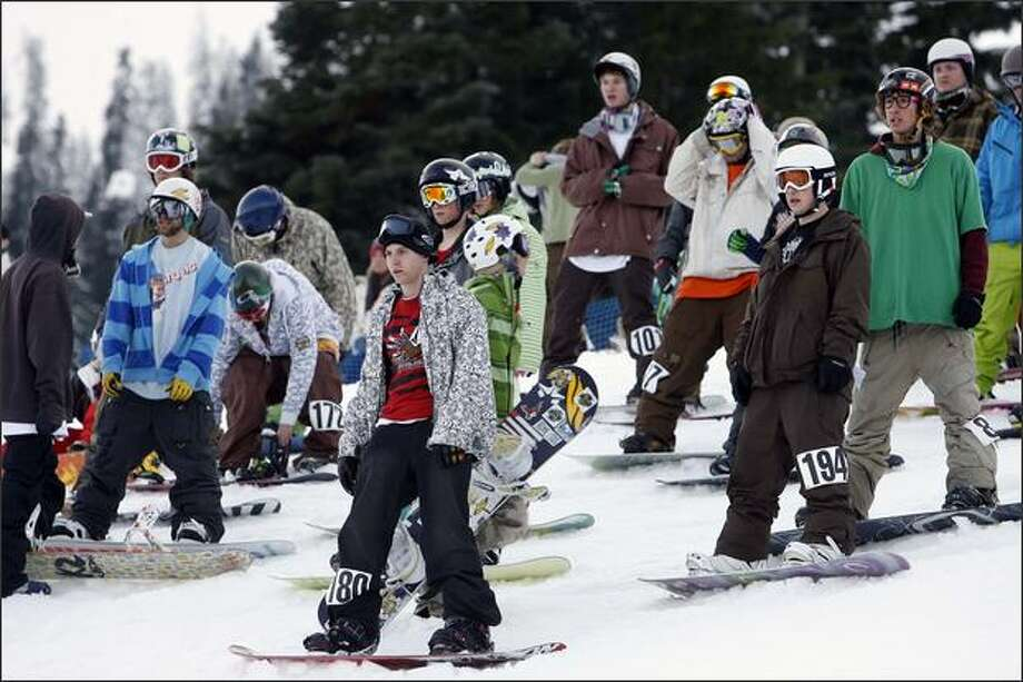 Riders scope out the course. Photo: Mike Urban, Seattle Post-Intelligencer