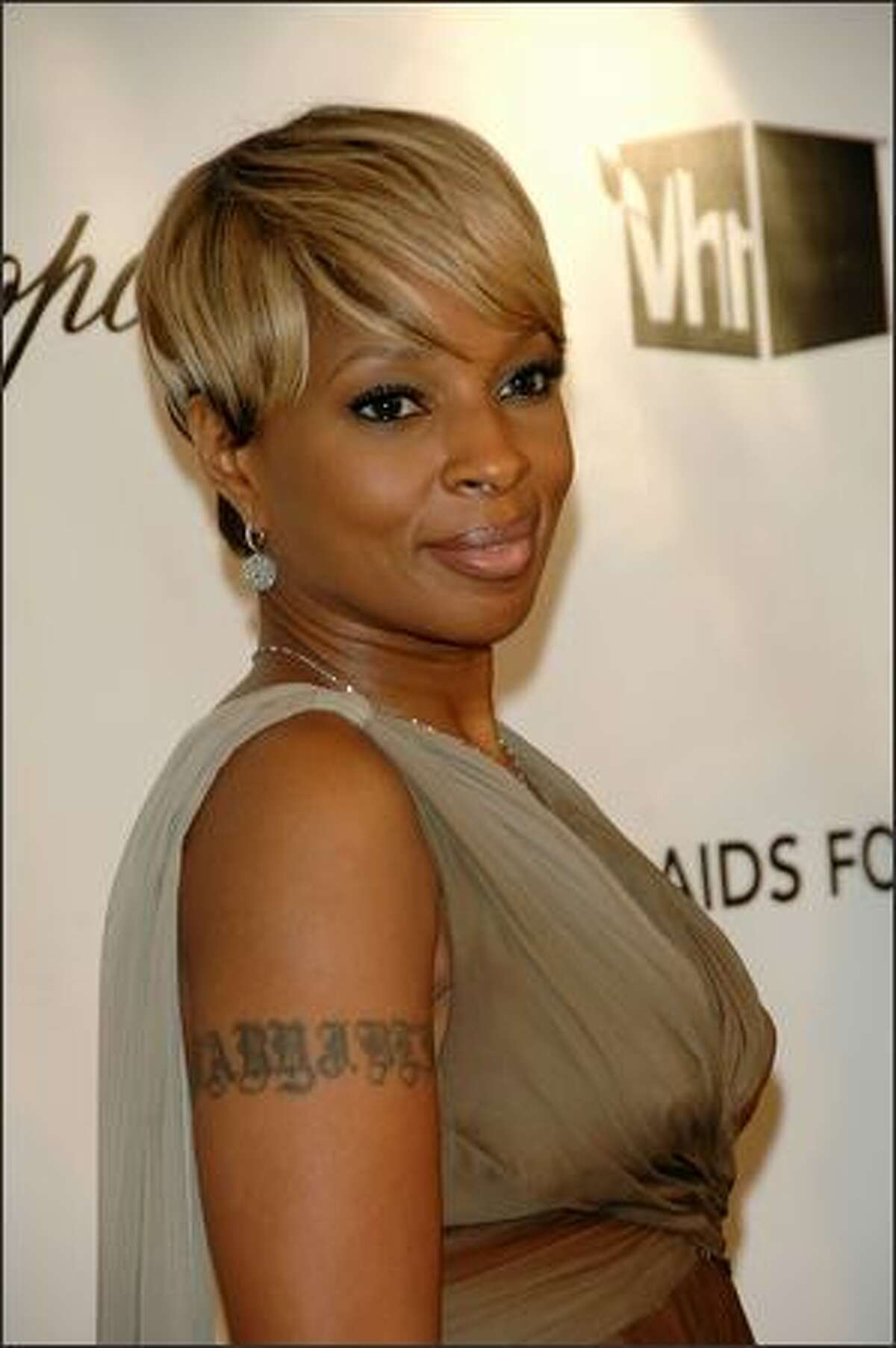 Musician Mary J. Blige attends the 16th Annual Elton John AIDS Foundation Academy Awards viewing party at the Pacific Design Center in West Hollywood, California.
