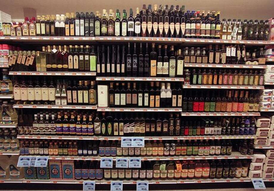 When the QFC opened at University Village in 1996, it boasted a selection of more than 100 varieties of olive oil. Photo: P-I File