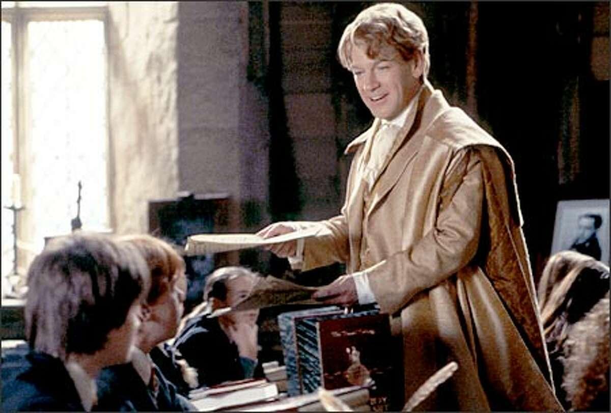 The foppish Professor Gilderoy Lockhart (Kenneth Branagh), Hogwarts' new Defense Against the Dark Arts teacher, quickly makes the wrong impression on his pupils.