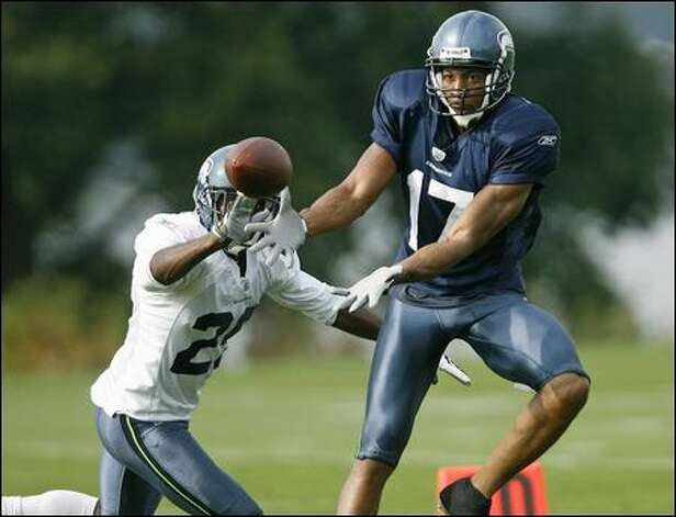 Out of football since 2006, Billy McMullen has impressed the Seahawks with his work as an emergency fill-in for the team's injury-wracked receiving corps. Photo: Dan DeLong/Seattle Post-Intelligencer