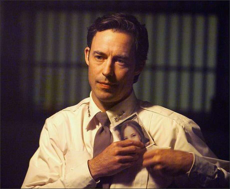 "Tom Cavanagh (""Ed"") stars as real-life detective Dave Reichert -- later King County sheriff and a U.S. congressman -- who used guile, wits and perseverance to hunt the Green River Killer, bringing an end to the largest unsolved serial killer case in the country. ""The Capture of the Green River Killer"" airs on Lifetime March 30 and 31, 2008."