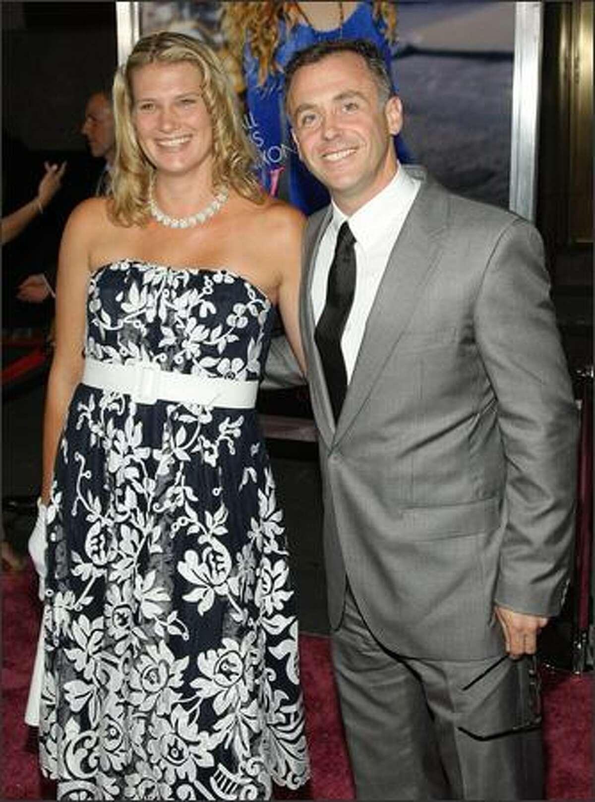 Chrissy Eigenberg and actor David Eigenberg.