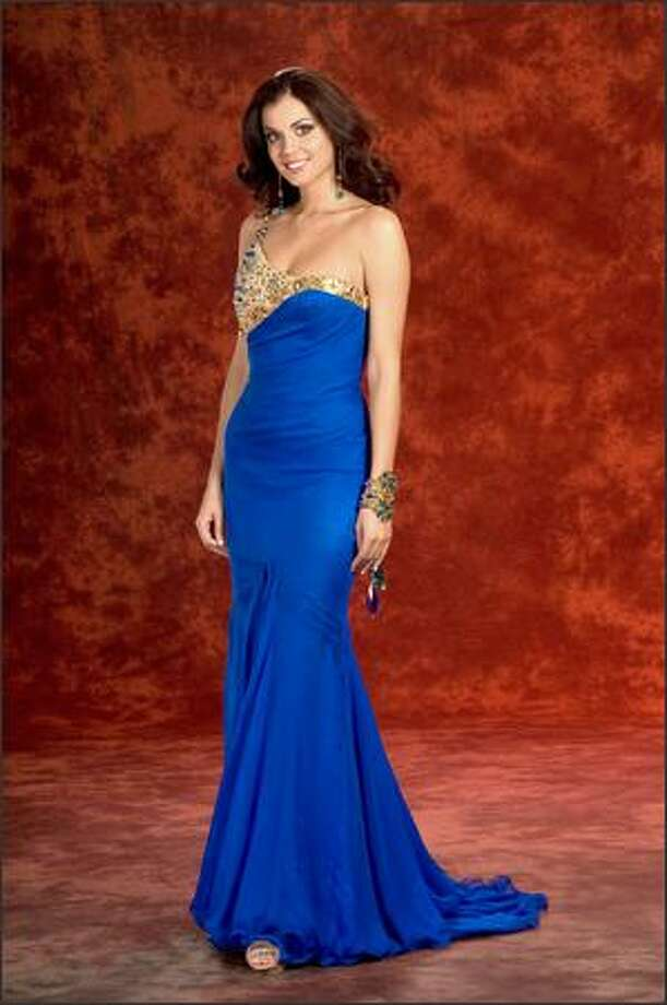 Michelle Marie Font, Miss Washington USA 2008, poses in her evening gown during registrations and fittings for the Miss USA competition in Las Vegas on March 27. She will compete for the title of Miss USA 2008 during the NBC broadcast Friday night. Photo: Miss Universe L.P., LLLP