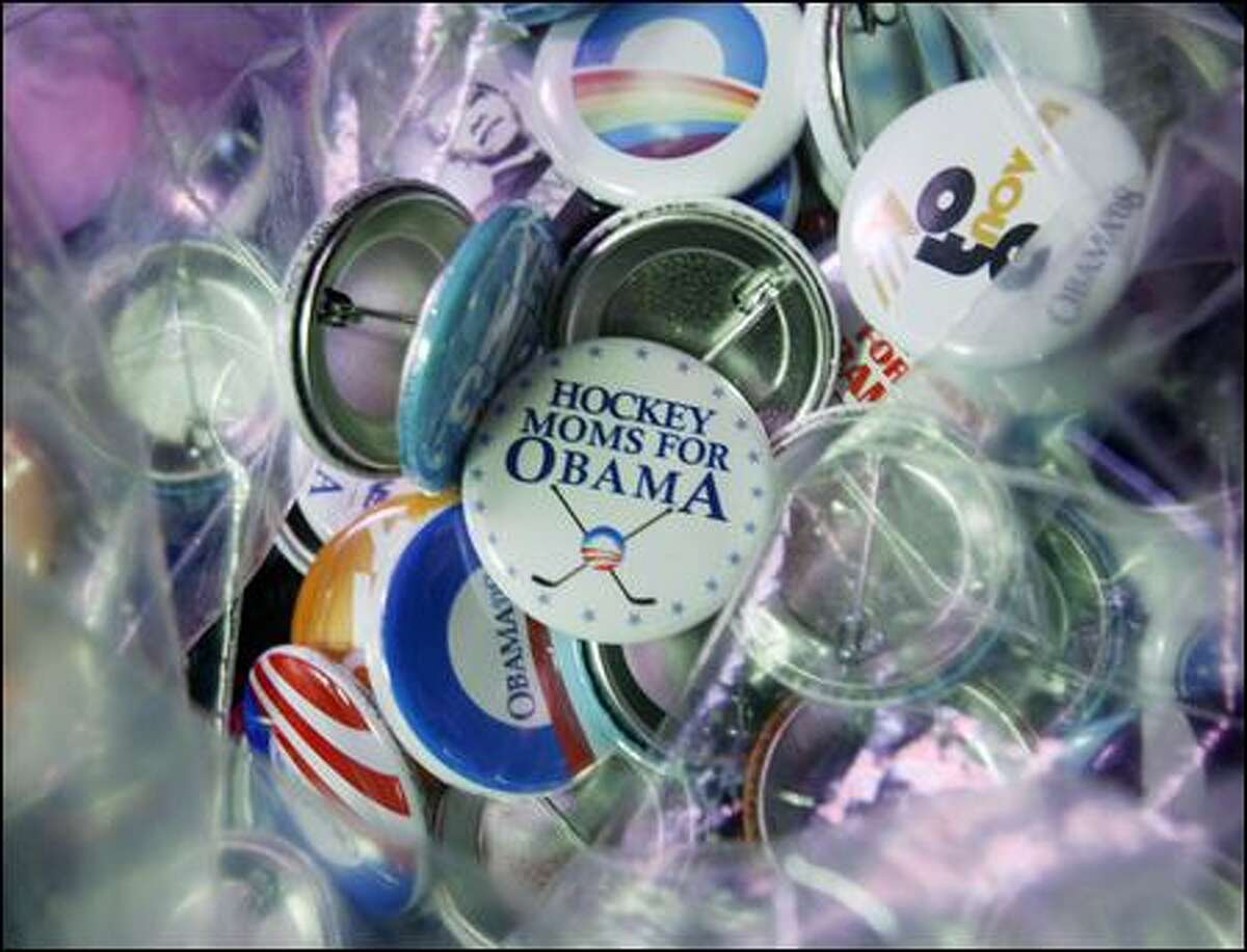 Barack Obama supporters made buttons this week to support the presidential candidate at Stellar Pizza in Georgetown.