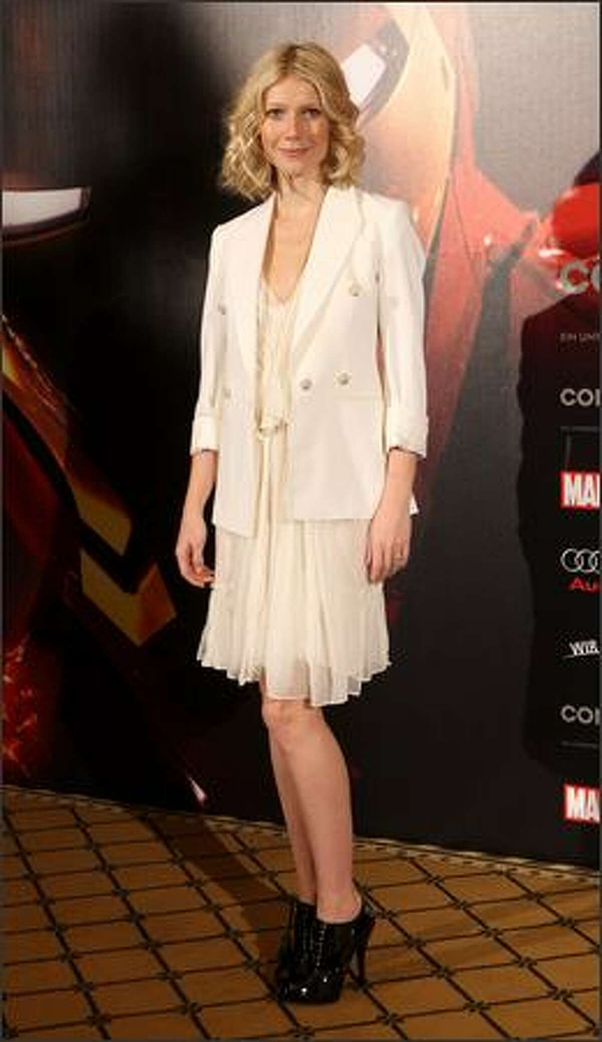 April 22, 2008: Gwyneth Paltrow wears an outfit by Stella McCartney as she attends a photocall to promote the movie
