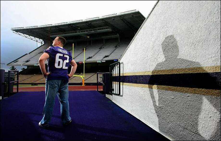 UW center Robert Lukevich, a 2004 walk-on in his fifth and final season, has never played in a game, but hasn't missed a practice since he was sidelined for a season in 2006. Photo: Scott Eklund/Seattle Post-Intelligencer