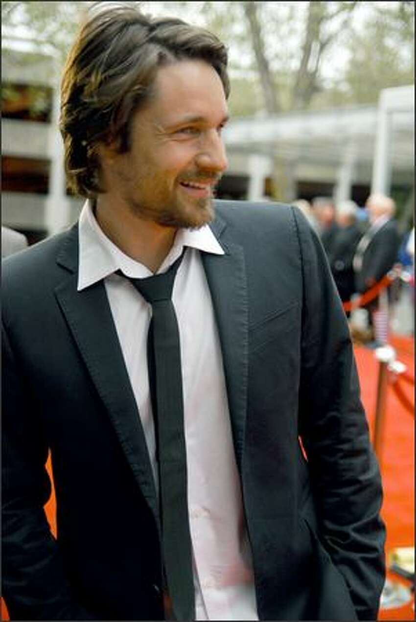 Martin Henderson, an actor who played protester