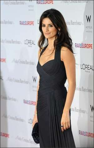 Cast member Penelope Cruz arrives for the Los Angeles premiere of Vicky Cristina Barcelona at the Mann Village Theatre in Los Angeles. Photo: Getty Images