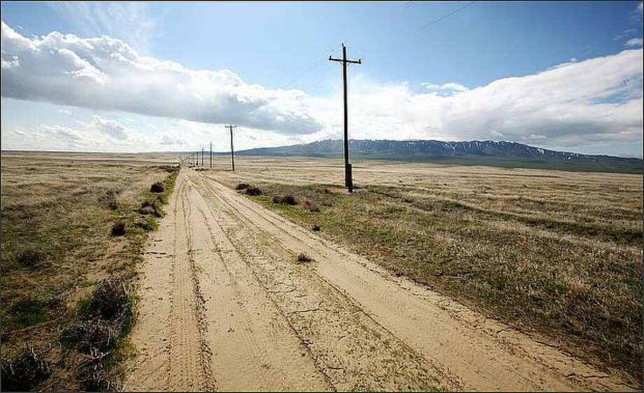 A dirt road leads toward the Rattlesnake Hills in Benton County, Wash. where no new pot processors, producers, or sellers will be popping up anytime soon. Photo: Paul Joseph Brown, Seattle Post-Intelligencer