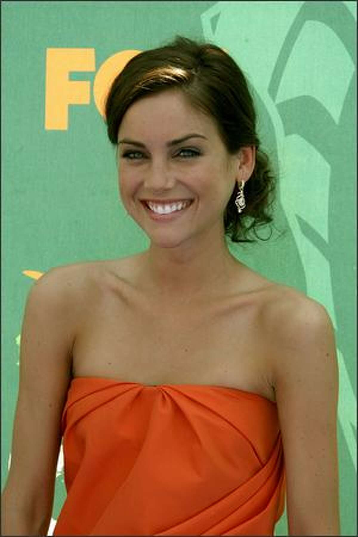 Actress Jessica Stroup arrives at the 2008 Teen Choice Awards at Gibson Amphitheater in Los Angeles, California.