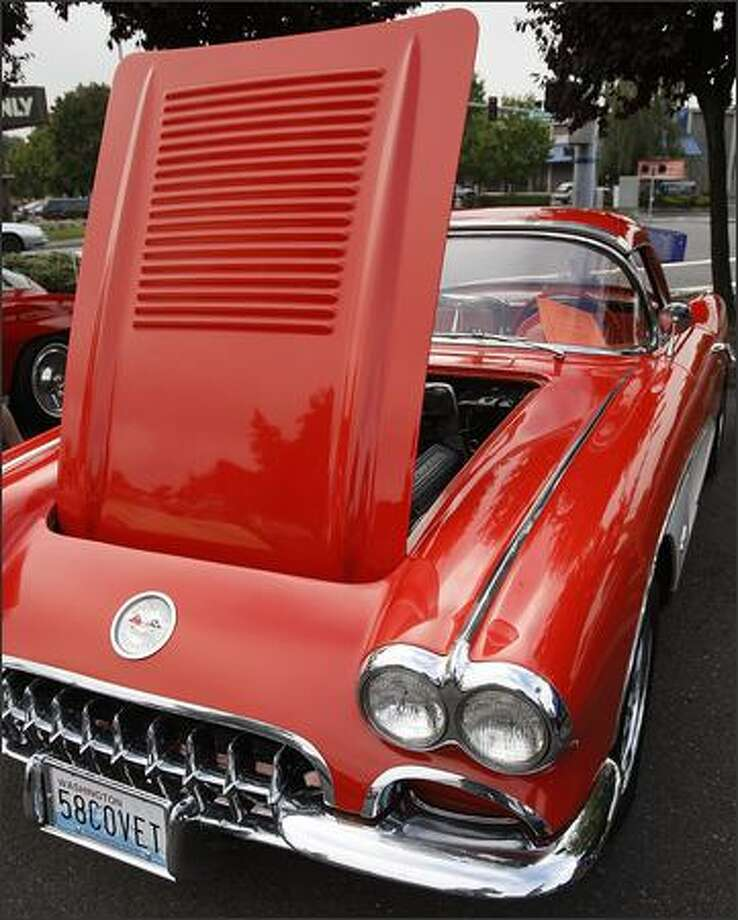 A 1958 Corvette convertible is on display. Photo: Brad Vest, Seattle Post-Intelligencer