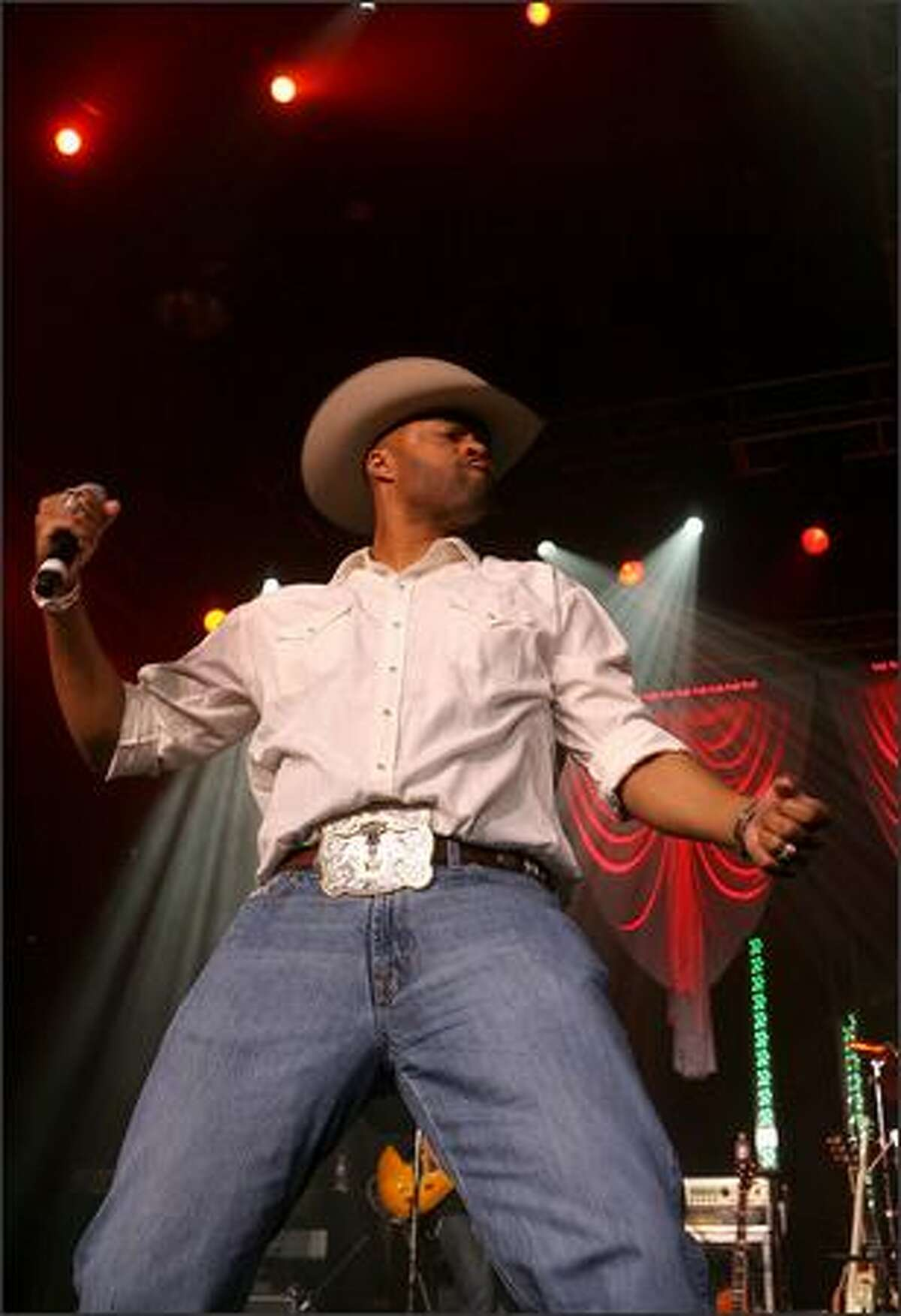 Cowboy Troy performs during the 43rd annual Academy Of Country Music Awards All-Star Jam.