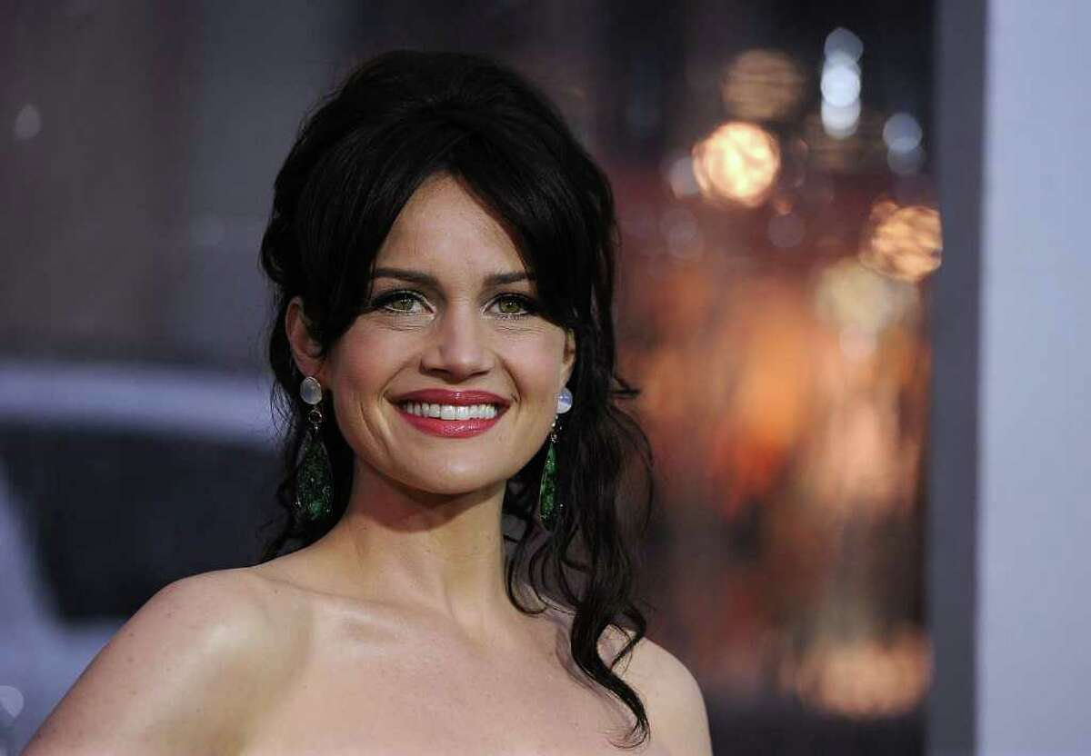 Actress Carla Gugino arrives at the premiere of Warner Bros Pictures'
