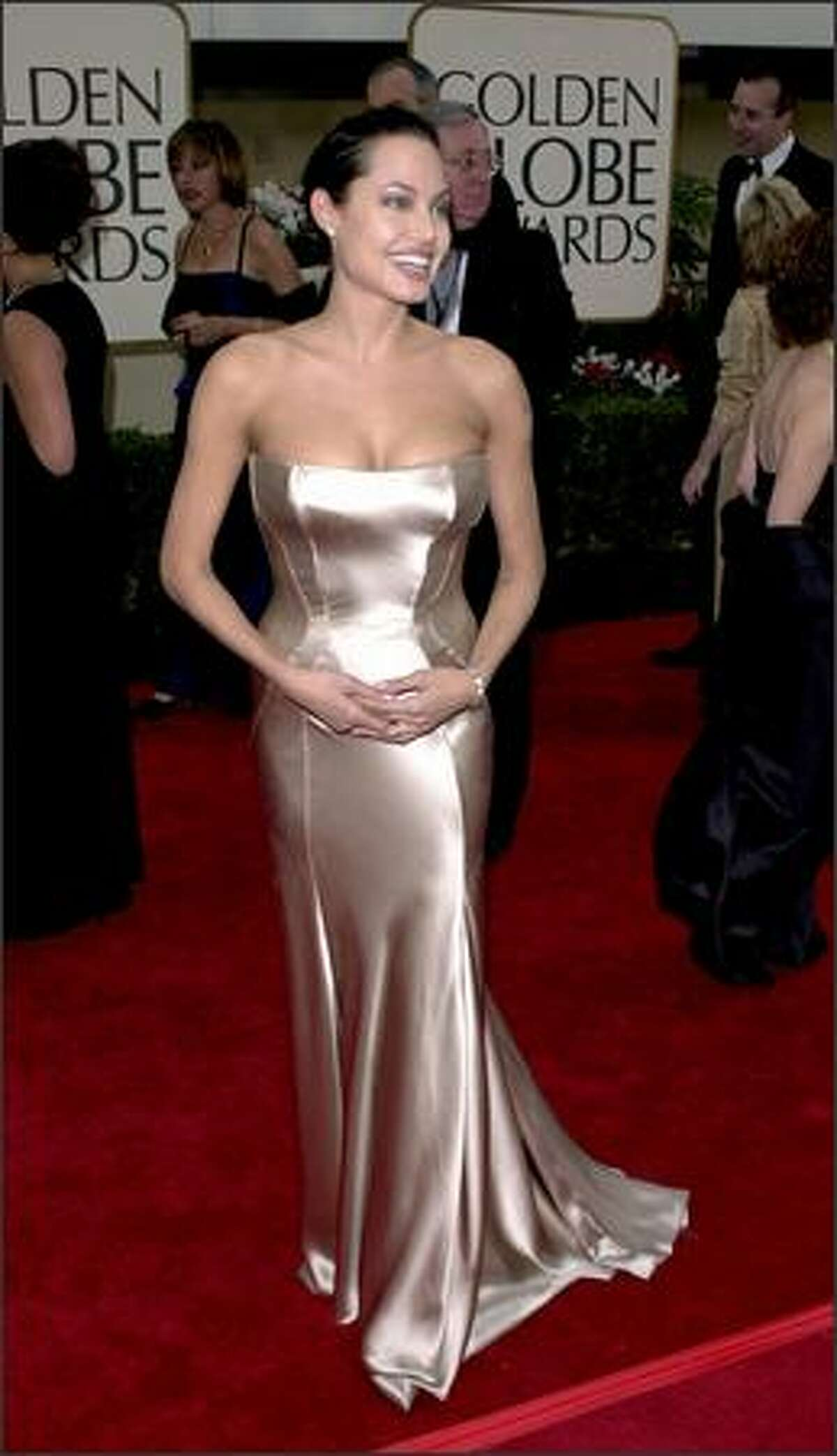 Angelina Jolie arrives at the 58th annual Golden Globes at the Beverly Hilton Hotel in Beverly Hills, Calif., Jan. 21, 2001.