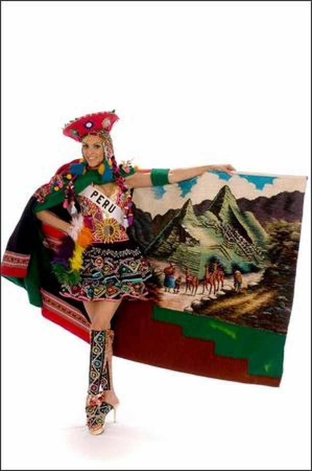 Finalist No. 7 of 10: Karol Castillo, Miss Peru 2008. Photo: Miss Universe L.P., LLLP
