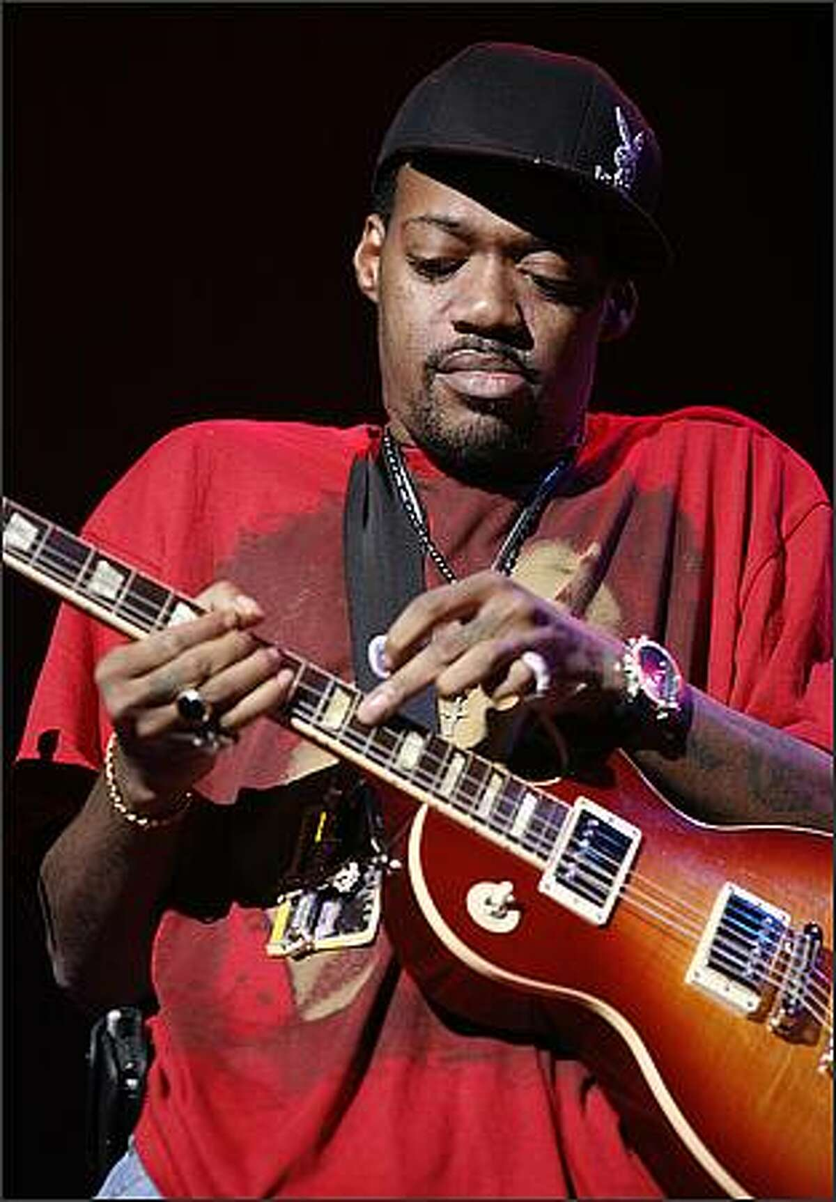 Eric Gales at the Paramount for the Hendrix Tribute Tour.