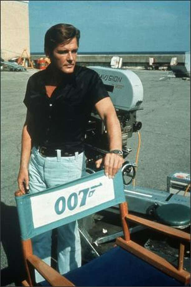 1973: English film and television actor Roger Moore on location for the filming of the James Bond 007 movie 'Live and Let Die'. Photo: Getty Images