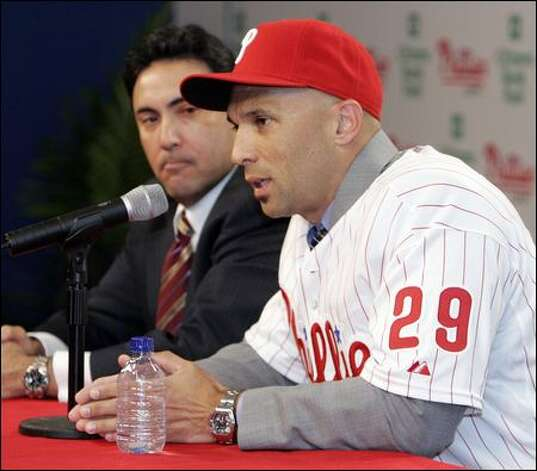 Raul Ibanez, who will play for the Phillies next season, predicts good things for the Mariners. Photo: Tom Mihalek/Associated Press