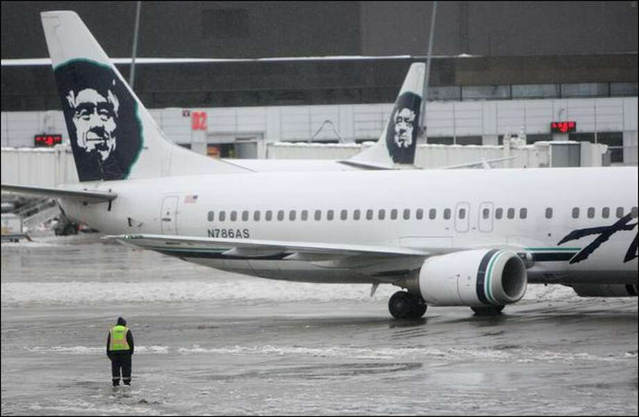 Deicer sickened people on an Alaska Airlines flight at Seattle-Tacoma International Airport. Photo: Mike Kane/Seattle Post-Intelligencer