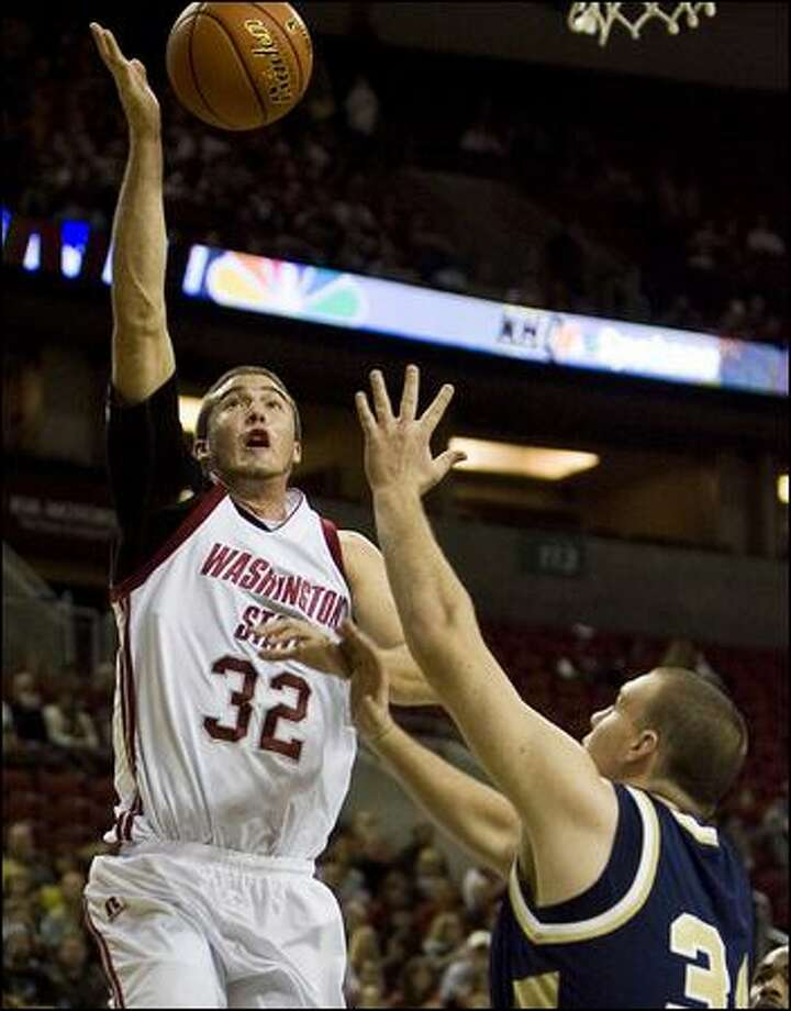 WSU's Daven Harmeling went 0-2 vs. the UW during the 2004-05 season. Photo: Stephen Brashear/Associated Press