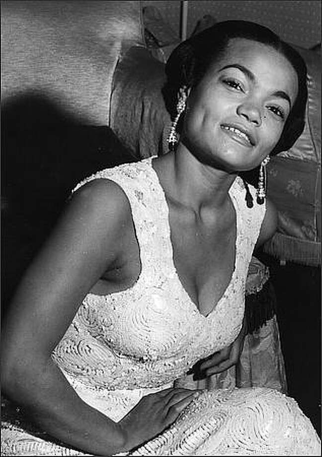American cabaret singer Eartha Kitt in London.  Kitt, 81, died Thursday of colon cancer.(Photo by Keystone/Getty Images)