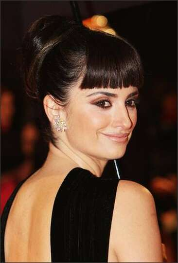 Penelope Cruz arrives for the Orange British Academy Film Awards 2009 at the Royal Opera House on Fe