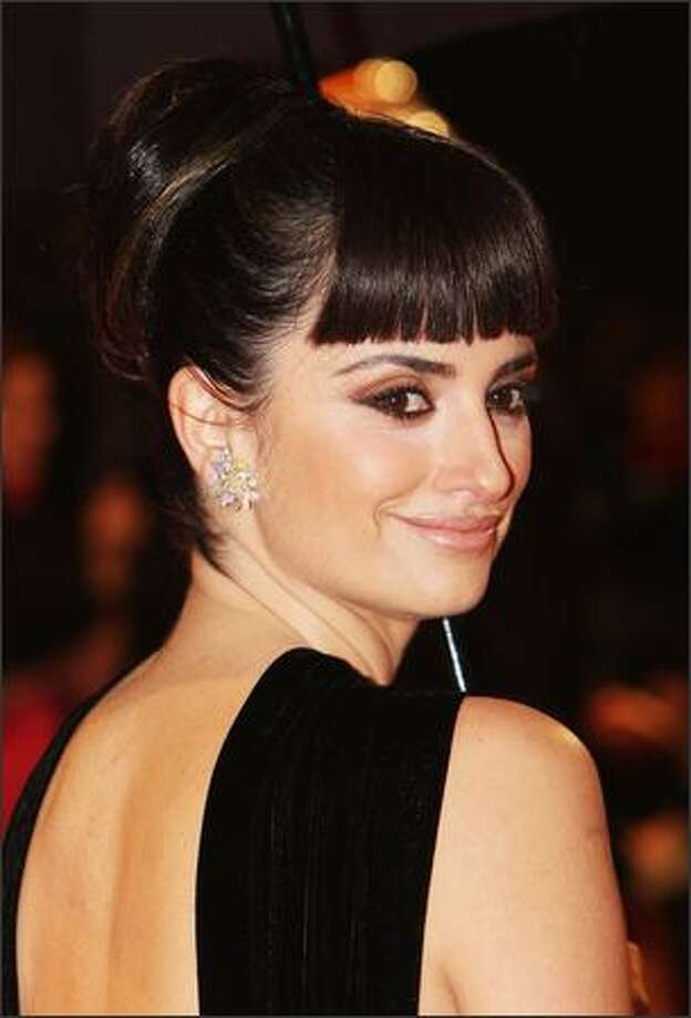Penelope Cruz arrives for the Orange British Academy Film Awards 2009 at the Royal Opera House on February 8, 2009 in London, England. Photo: Getty Images