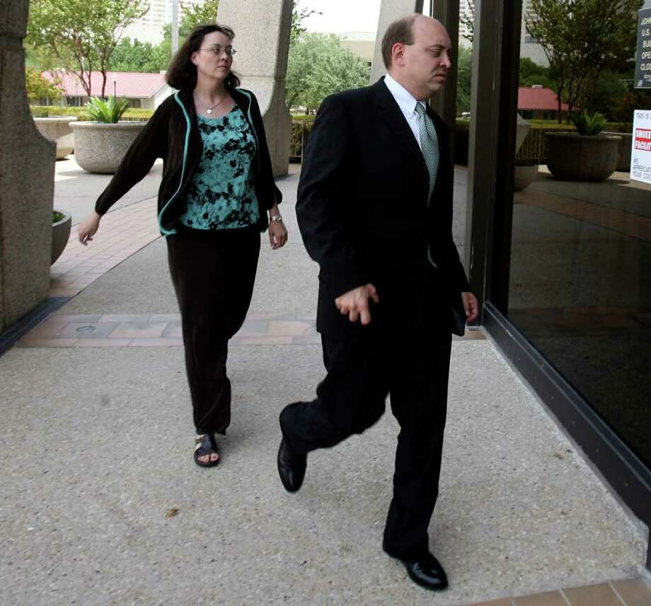 Steven Weste, shown walking into the federal courthouse during his trial in 2009, lost an appeal of his conviction and sentence. Photo: John Davenport/Express-News / jdavenport@express-news.net