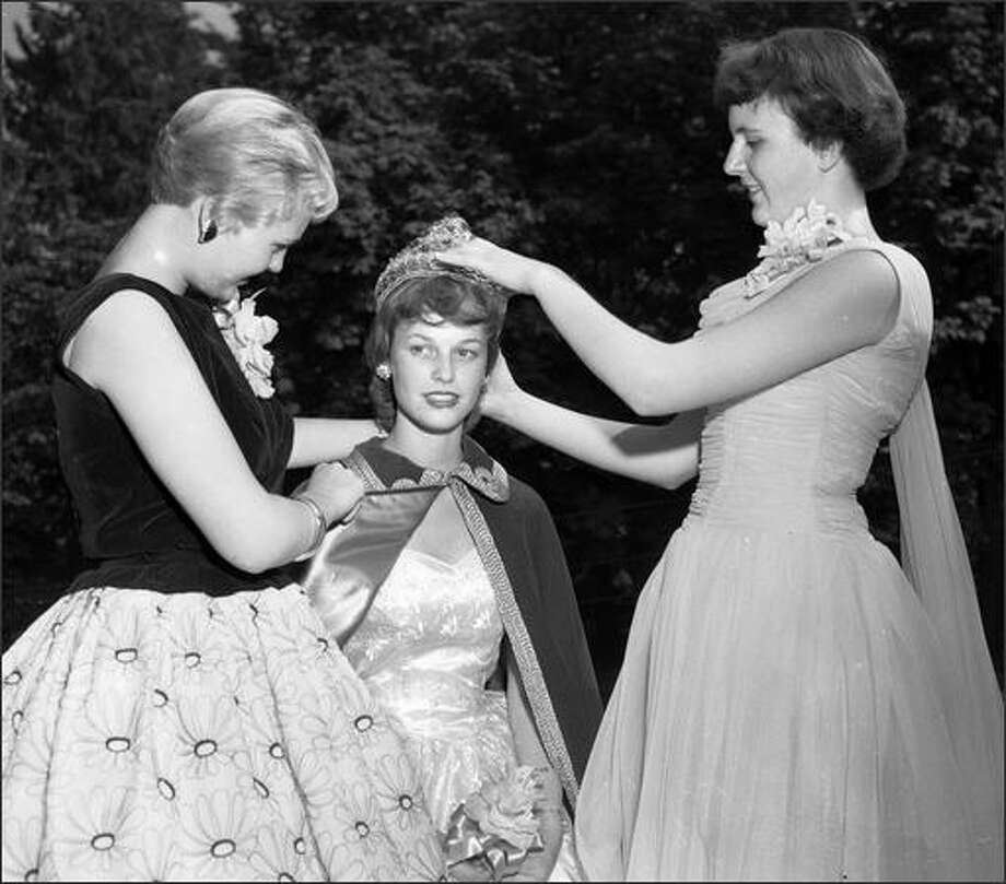 As part of Seattle's proud Scandinavian heritage, the Swedish Club crowned a queen in 1957. (P-I photo by Phil H. Webber) Photo: Museum Of History And Industry