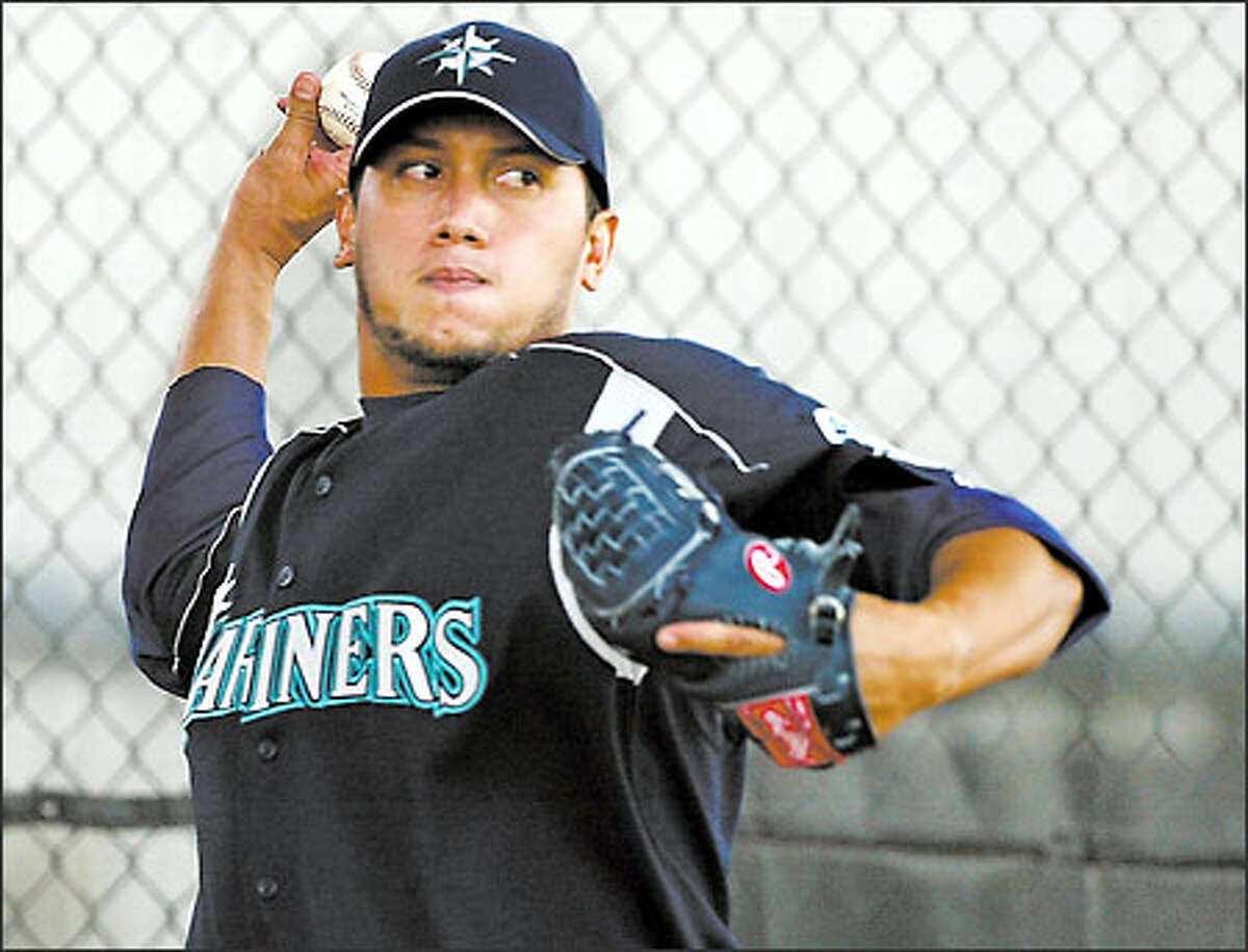 Right-hander Freddy Garcia, 16-10 with a 4.39 ERA last season, hopes to bounce back from a poor second half in 2002 and a shaky spring training.