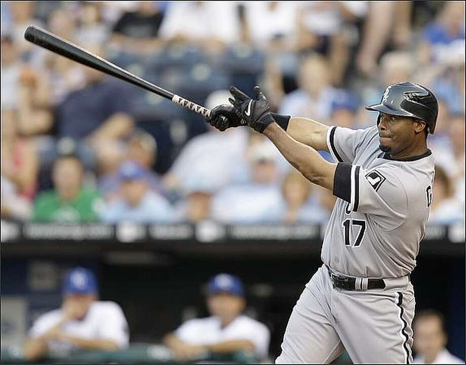 The Mariners had long been considered the favorites to land Ken Griffey Jr. for the upcoming season, but now club officials seem uncertain about which way he was leaning. Griffey finished last season with the Chicago White Sox. Photo: / Associated Press