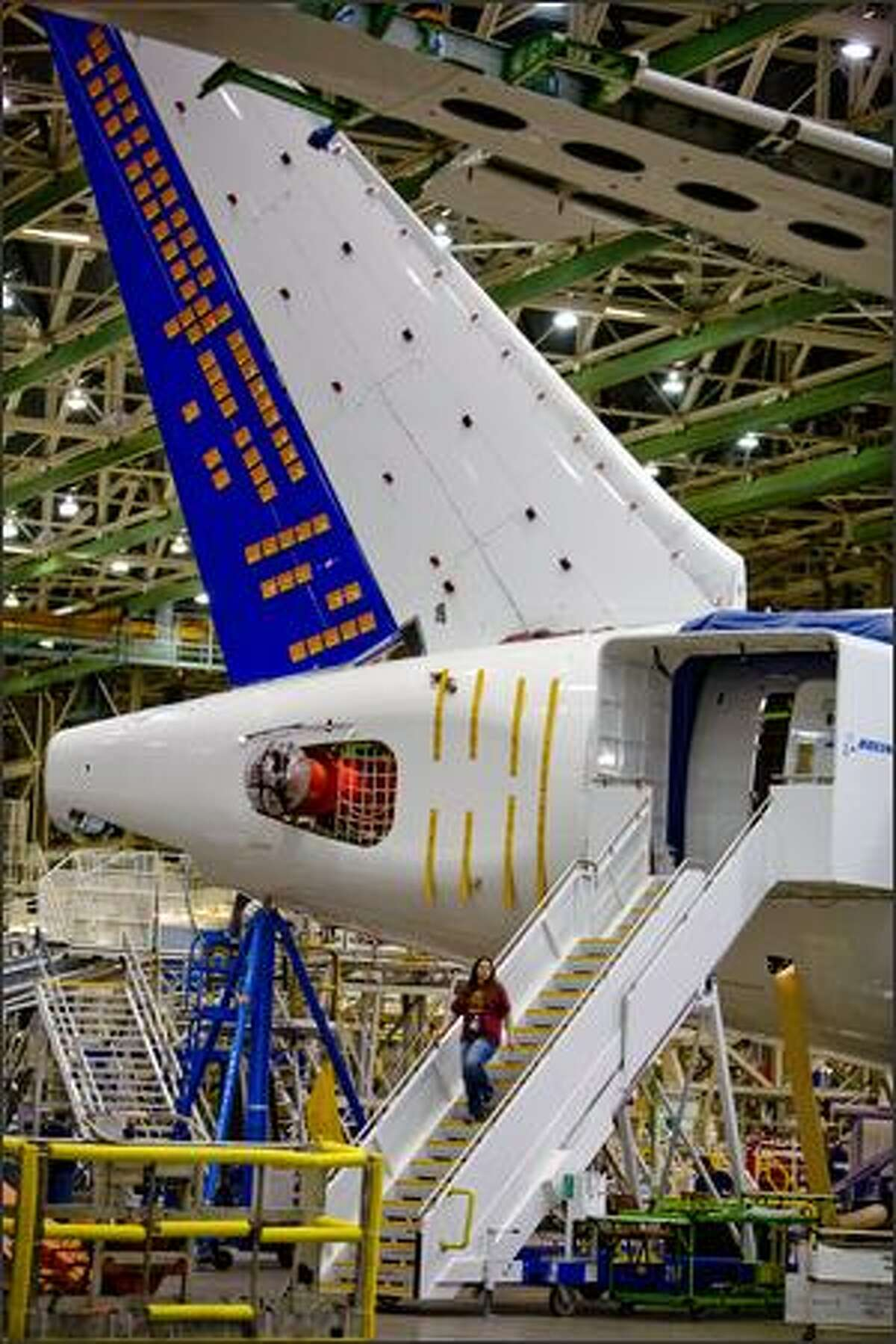 The 787 fatigue test airplane is shown.