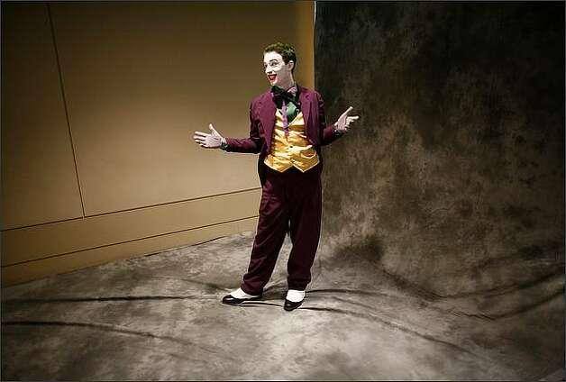 Philip Pickard shows off his Joker costume during a photoshoot at the Emerald City ComiCon. Photo: Joshua Trujillo, Seattlepi.com