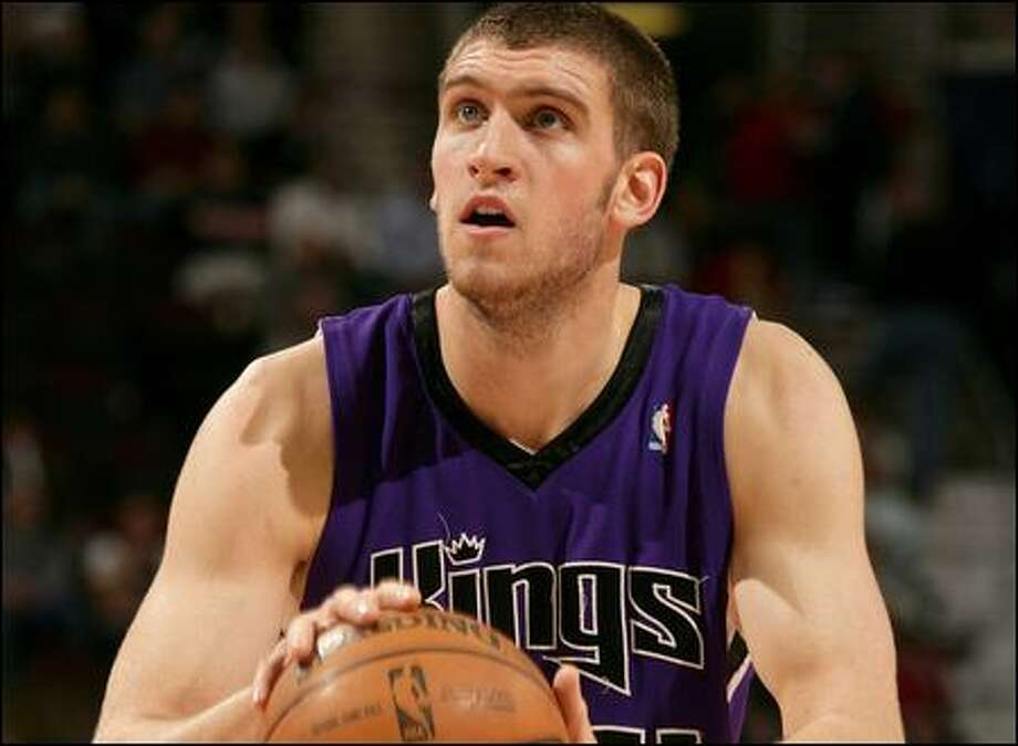 Spencer Hawes became the Sacramento Kings' starting center two weeks ago. The 20-year-old is averaging 10 points a game. Photo: David Liam Kyle/Nbae Via Getty Images
