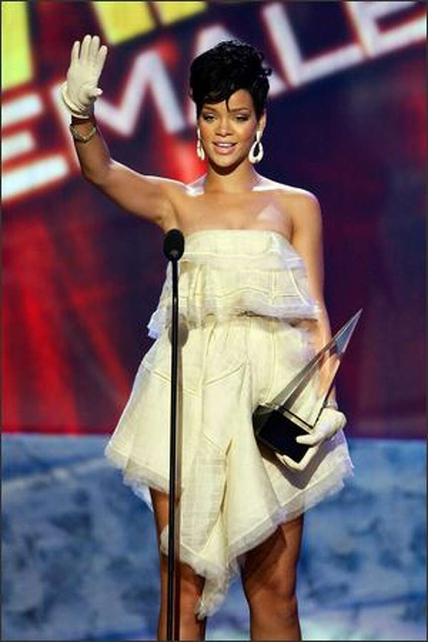 Singer Rihanna accepts the Soul/R&B emale Artist award onstage during the 2008 American Music Awards held at the Nokia Theatre in Los Angeles on Sunday, Nov. 23, 2008.