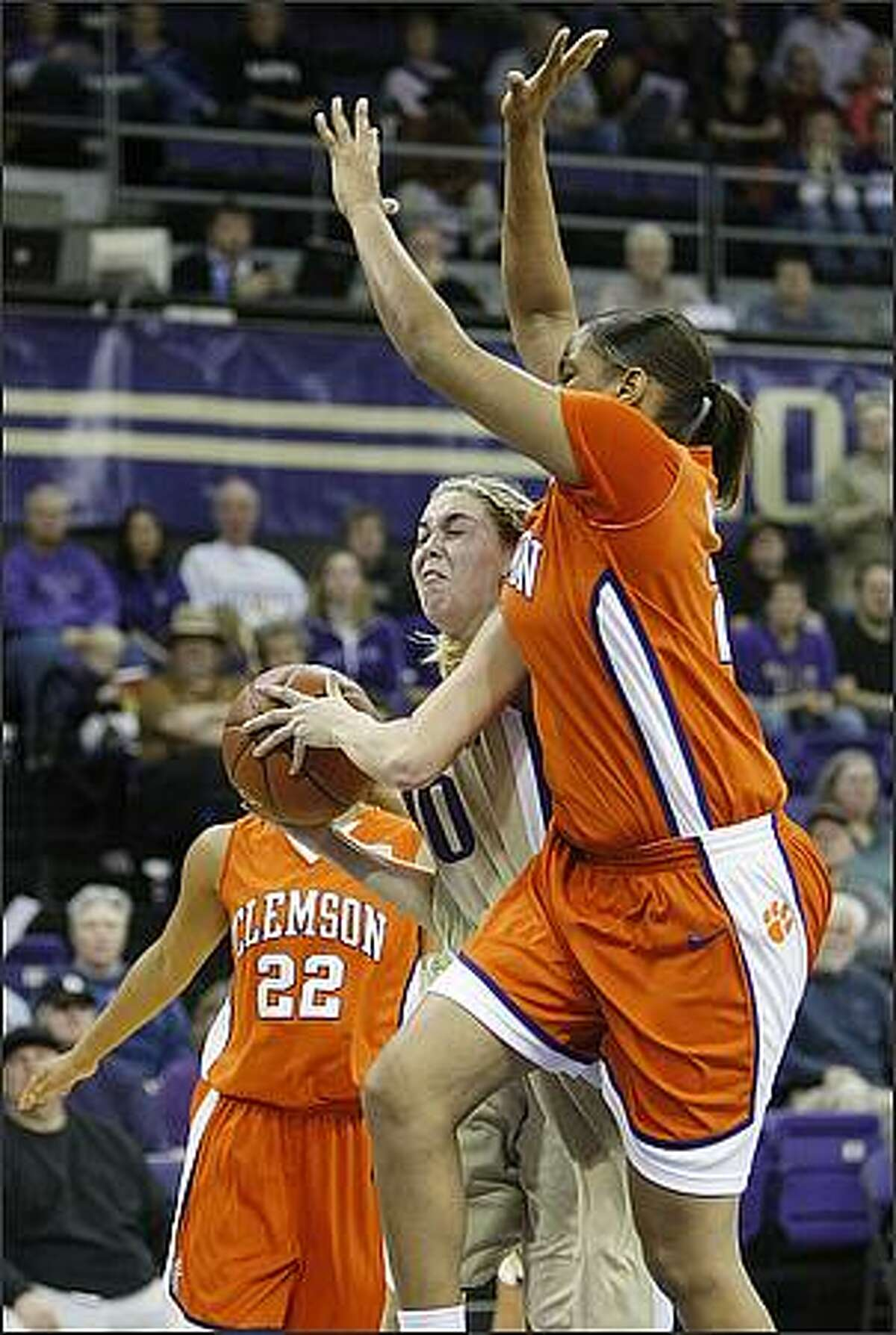 Washington's Kristi Kingma goes up for a shot during Sunday's Husky Classic championship game.