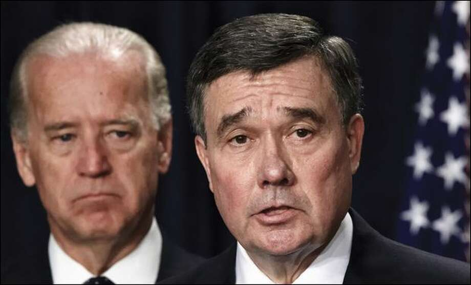 Seattle Police Chief Gil Kerlikowske, right, with Vice President Joe Biden. Photo: J. Scott Applewhite/Associated Press