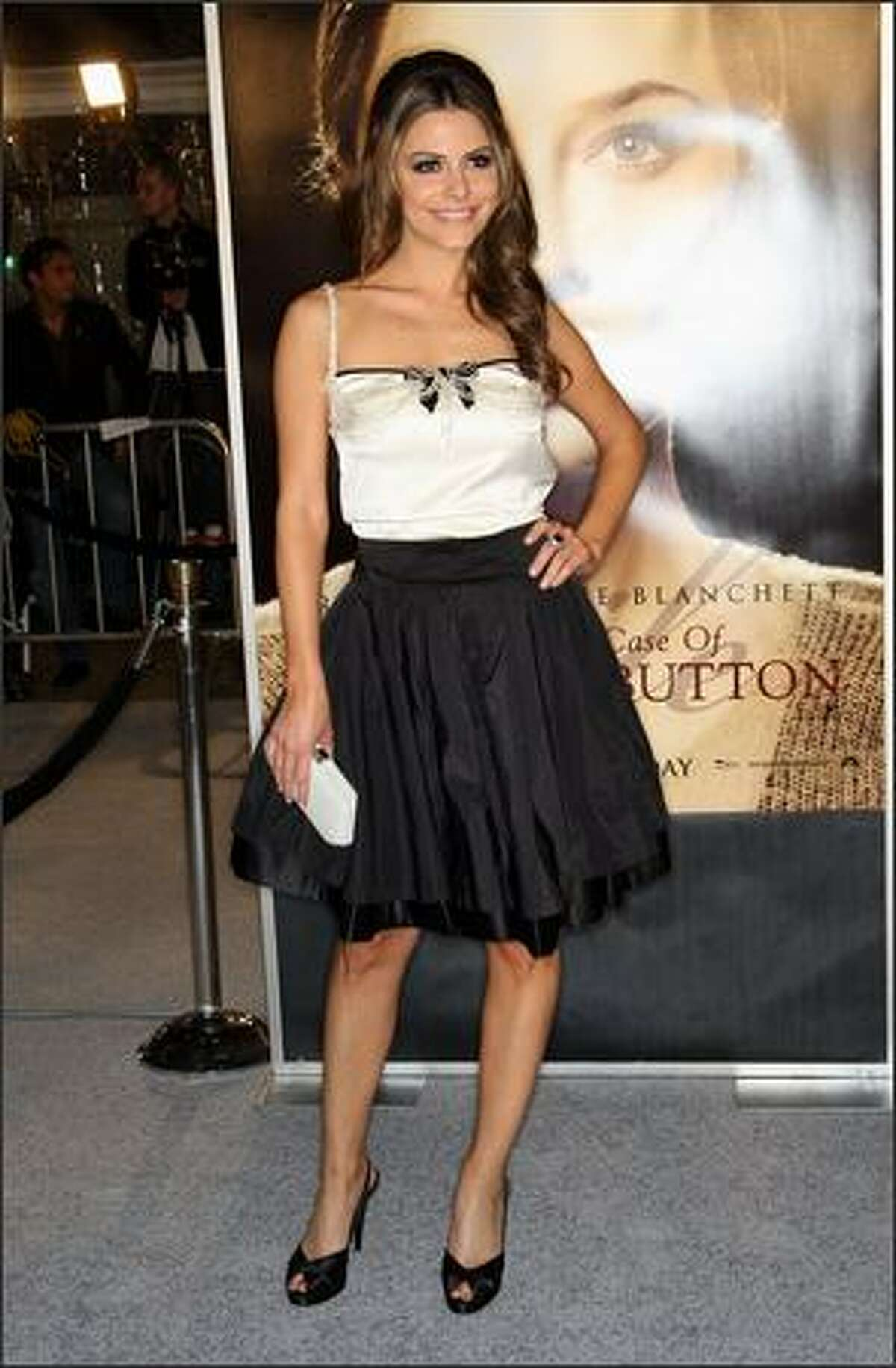 """TV personality Maria Menounos arrives at the premiere of Paramount's """"The Curious Case Of Benjamin Button"""" held at Mann's Village Theatre on Monday in Westwood, Calif."""