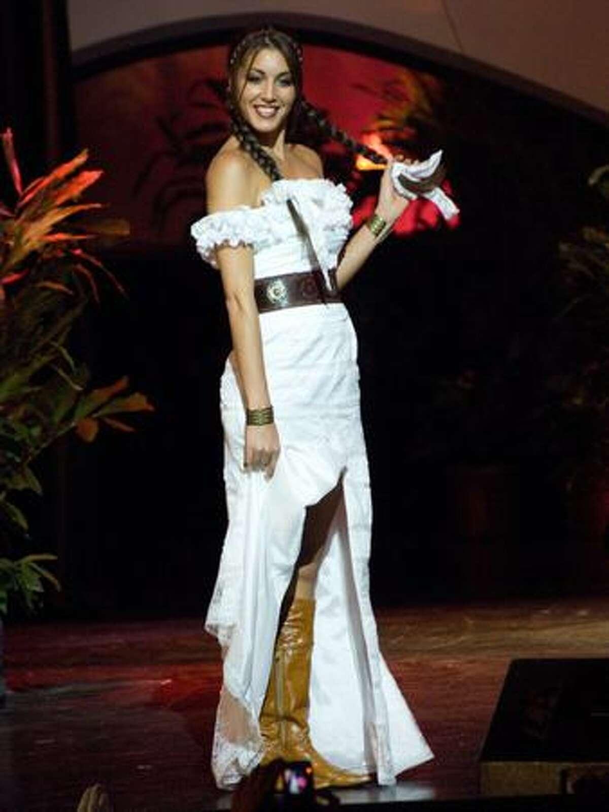 Joy Lasic, Miss Argentina.