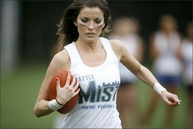 Members of the Seattle Mist participate in a mini-camp. Photo: Joshua Trujillo/seattlepi.com