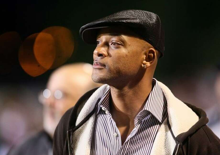 Actor Will Smith watches his son play in a game between Oaks Christian and Skyline High School. Smith's son Trey is a wide reciever for the California high school's nationally ranked team. Photo: Joshua Trujillo, Seattlepi.com