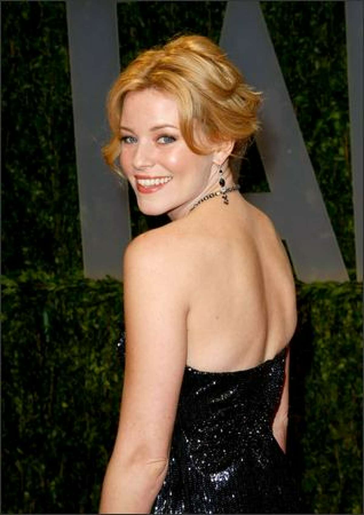 Actress Elizabeth Banks arrives at the 2009 Vanity Fair Oscar party hosted by Graydon Carter held at the Sunset Tower in West Hollywood, Calif., on Sunday, Feb. 22, 2009.