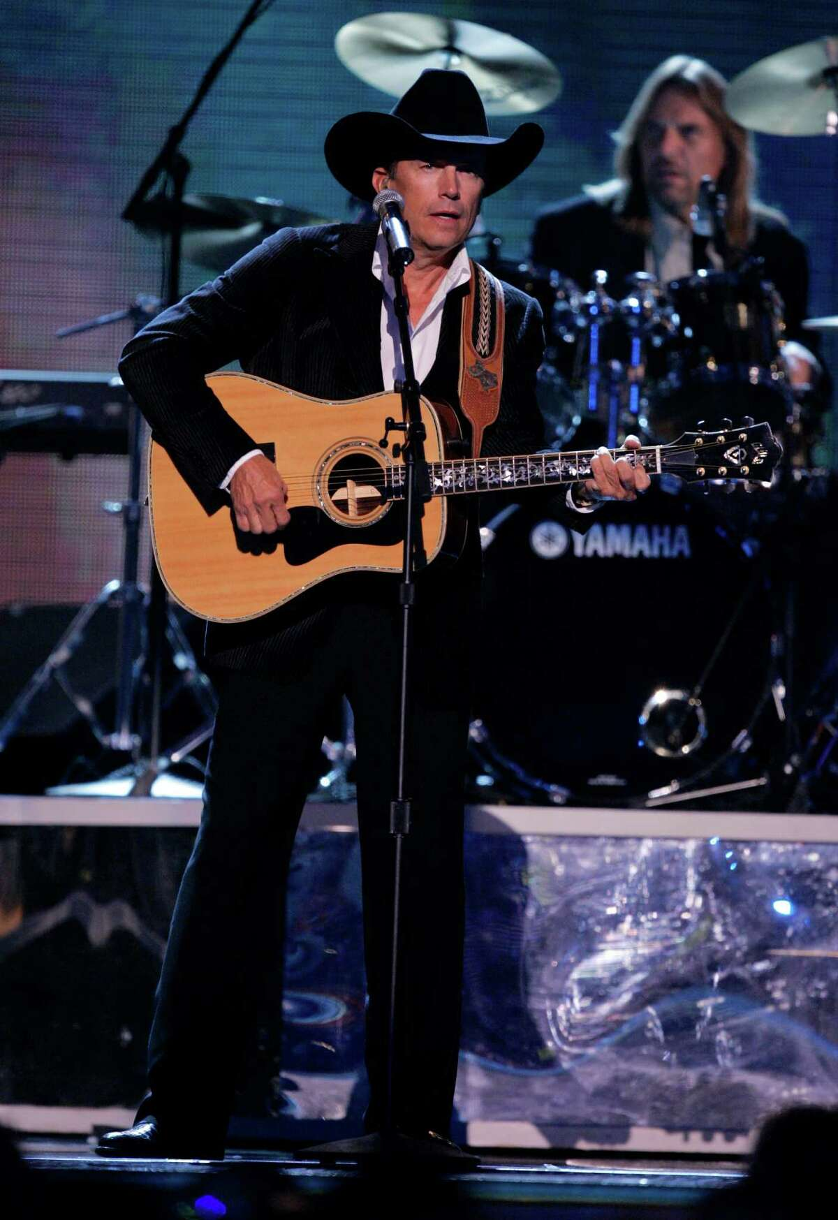 George Strait, nominated for male vocalist, album and musical event of the year, performs at the 39th Annual Country Music Association Awards in New York on Tuesday, Nov. 15, 2005.