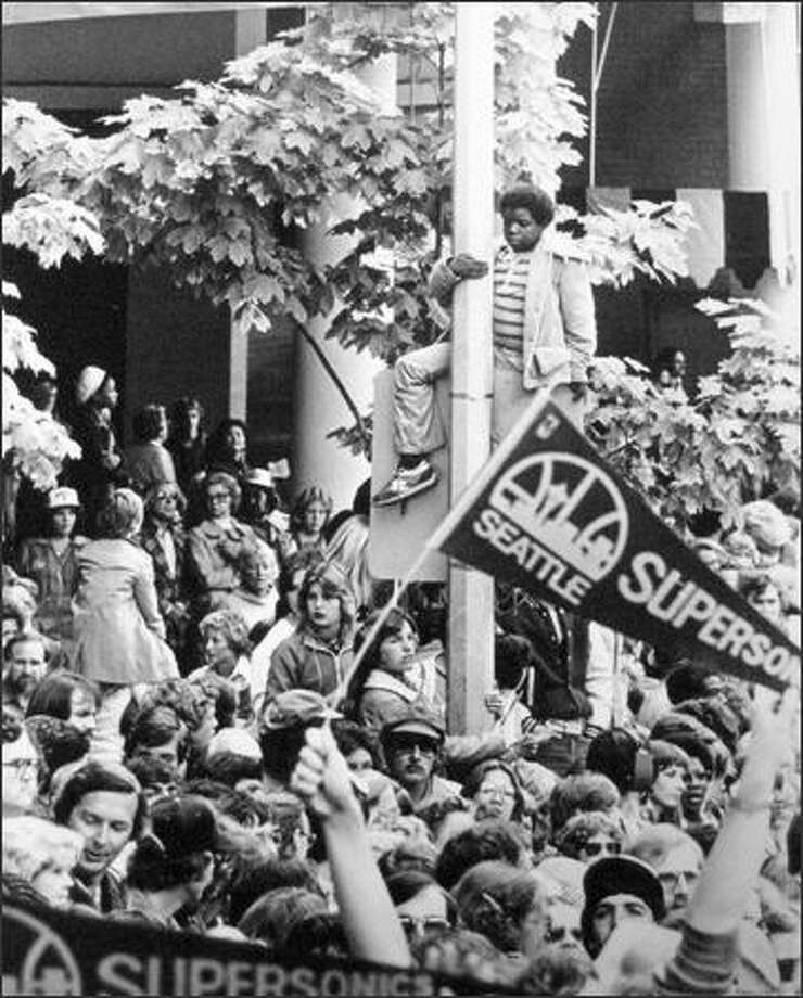 Fans celebrate after the Seattle Supersonics won the 1979 NBA Championship. (seattlepi.com file)