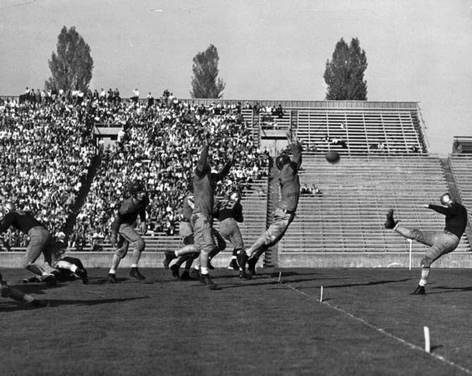 A 1941 game scene. Photo: P-I File